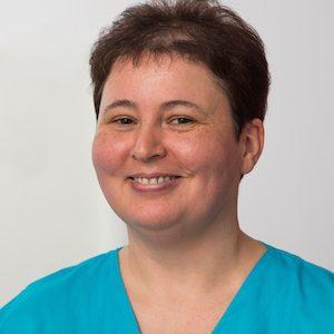https://dr-stefan-vollmer.de/wp-content/uploads/2020/02/DSC_1272-Simone-Landgraf-300x300.jpg